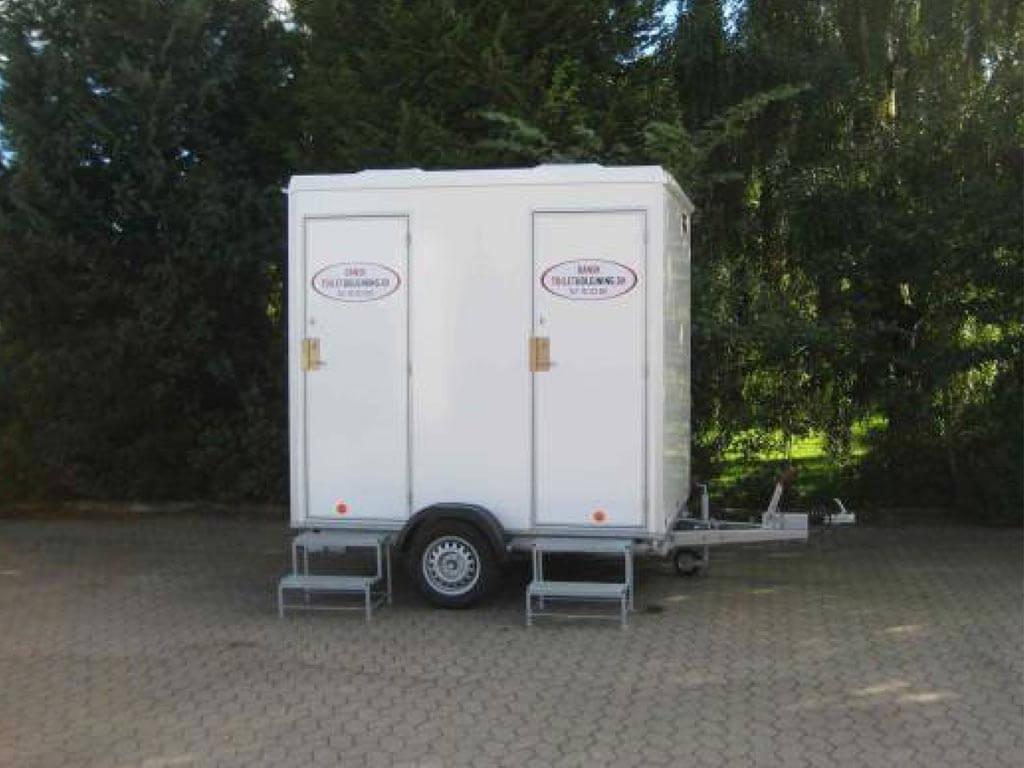 VIP-toiletvogn-m.-2-tanktoiletter2