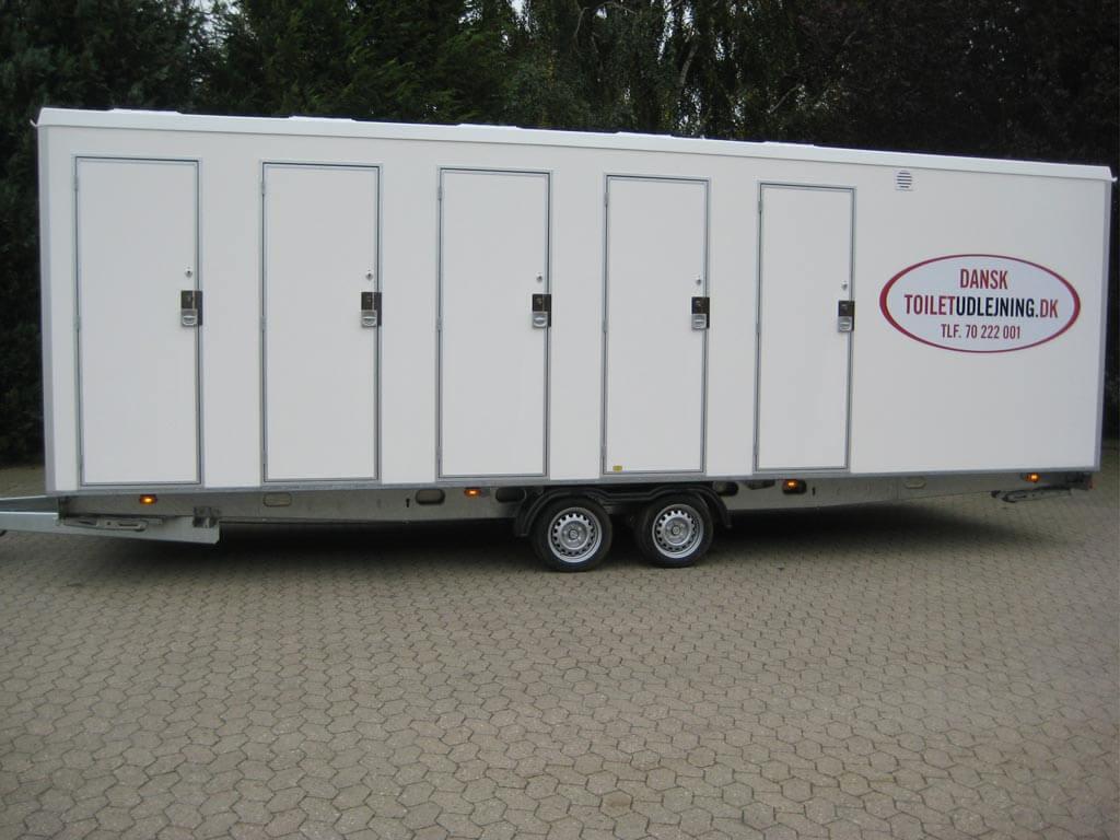 VIP-toiletvogn-med-10-toiletter-+-6-urinaler-m.-Tank