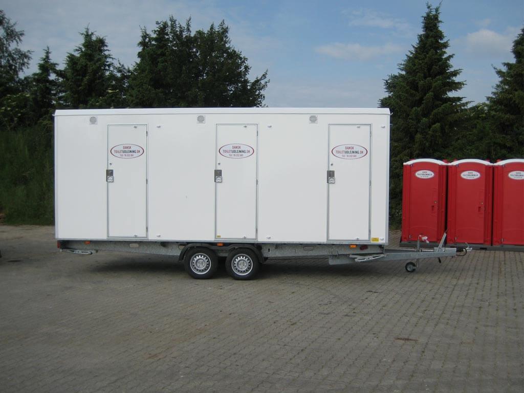 Vogn-med-3-badeværelsesrum-med-eget-toilet-(til-afløb)2